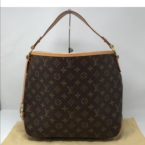 Louis Vuitton Delightful
